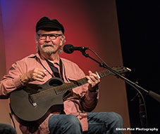 Tom Paxton Songs at the Center